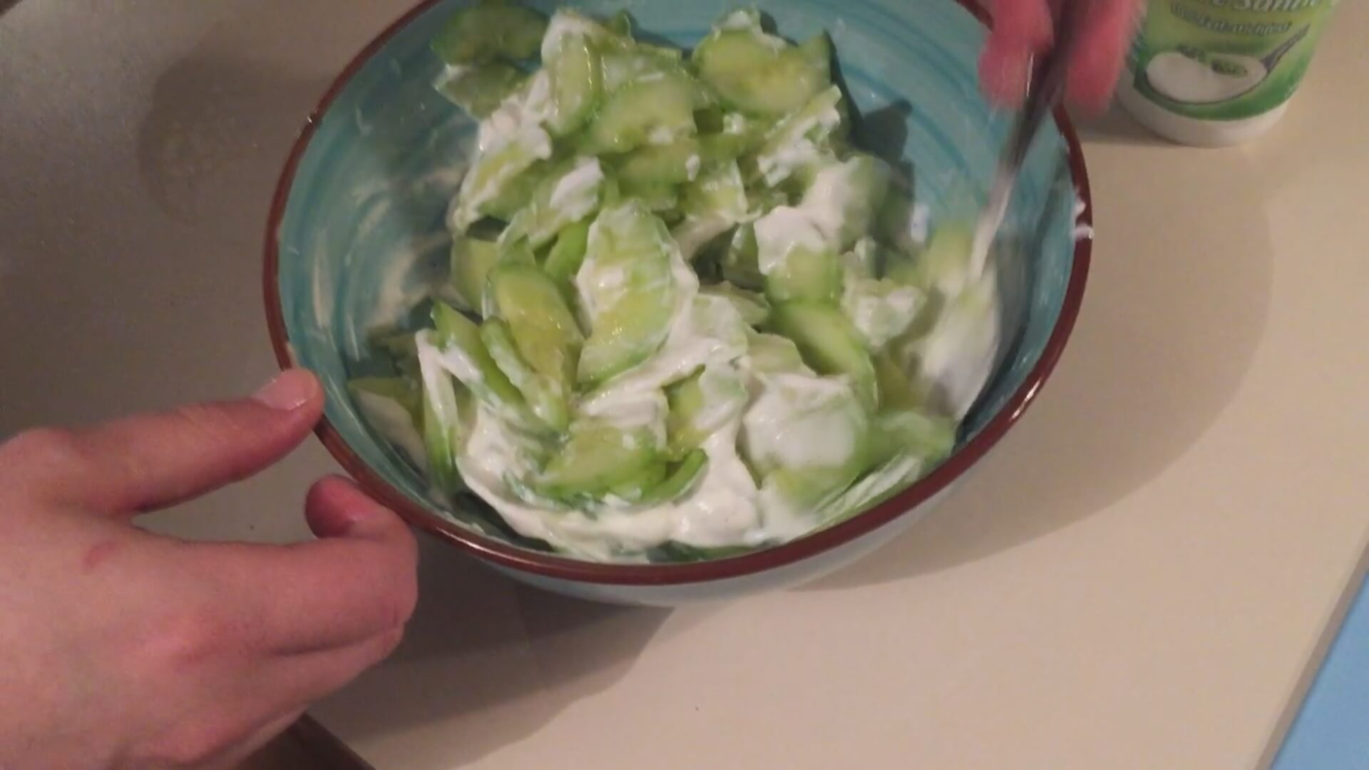 Gurkensalatdressing