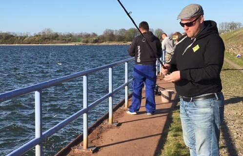 Heringe mit Fischhaut am Paternoster-System fangen