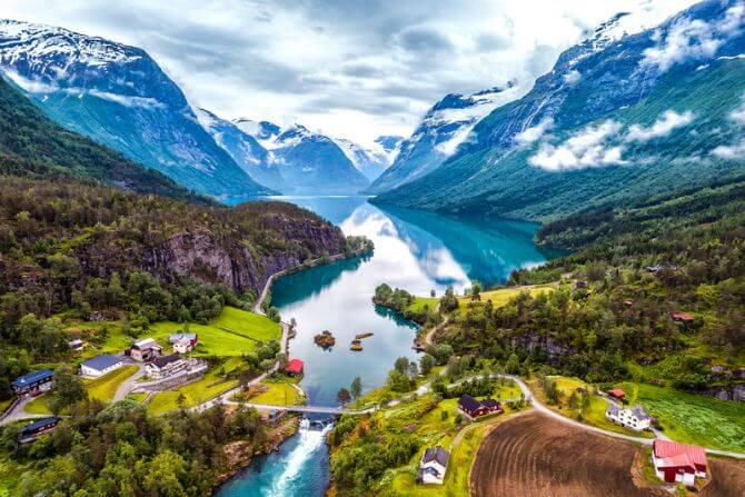 Norwegen-Landschaft_Fjord_Traumreviere-für-Angler_dorsch-guide.de